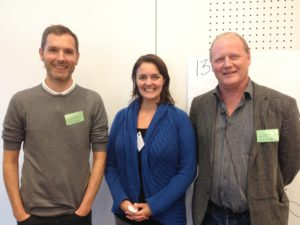 Cecilie sammen med sine to nærmeste kollegaer hos FMHO